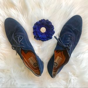 Lanvin Suede Wing-tip Navy Blue Oxford Brogues